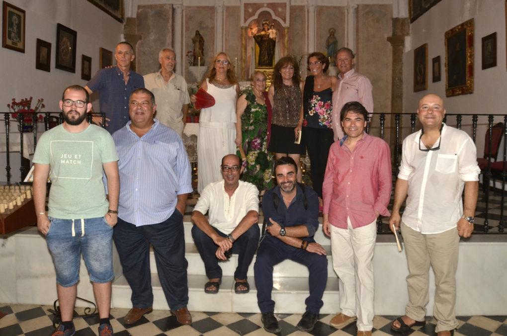 los Poetas del Guadiana junto a los autores